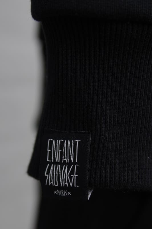 hoodie-premium-classic-noir-enfant-sauvage-paris boutique streetwear